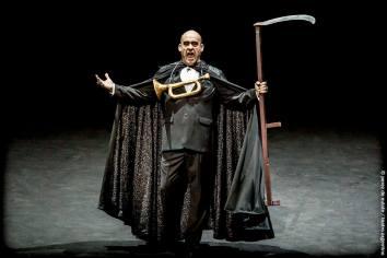 Ópera El gran macabro Ligeti Teatro Argentino de La Plata 2017